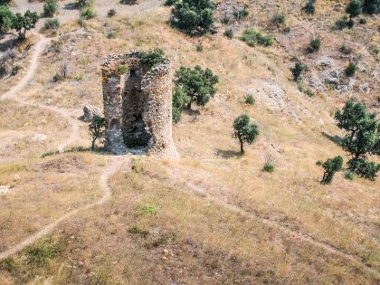 Torre en Cap de Creus, Girona. © mateoht 1990-2013 - http://lafotodeldia.net