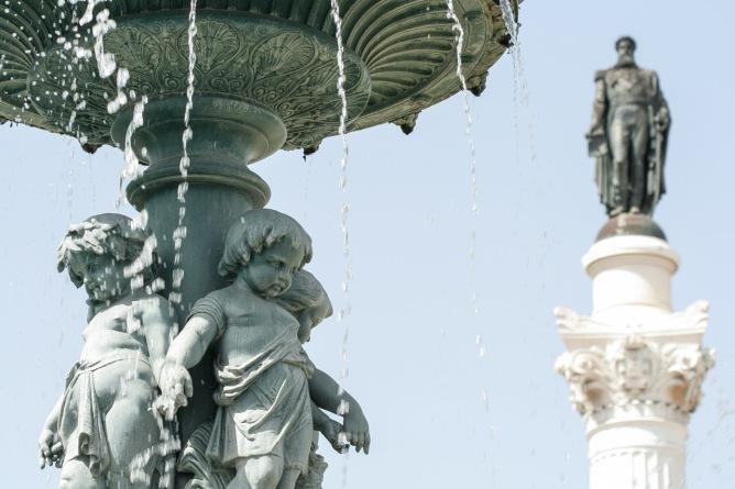 Estatua en París, Francia. © mateoht 1990-2013 - http://lafotodeldia.net