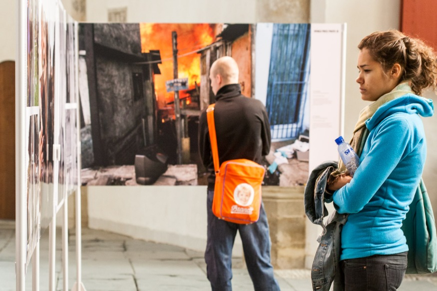 Exposición World Press Photo 2005 en Amsterdam. © mateoht 1990-2013 - http://lafotodeldia.net