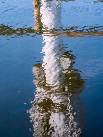 Reflejos en el agua del puerto de Catarroja, Valencia. © mateoht 1990-2013 - http://lafotodeldia.net